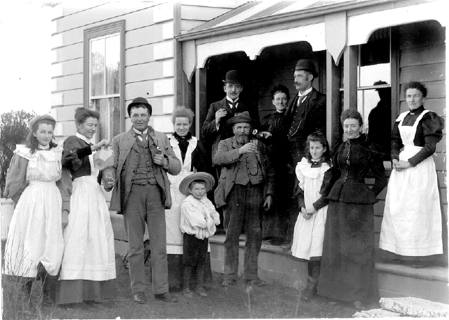"Michael Gaffaney & Family, ""Belper"", Arowhenua, South Canterbury, New Zealand"