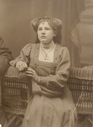 Naomi Myrtle Florey (date unknown)