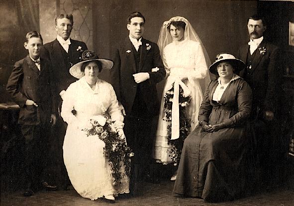 Alexander Wright & Elsie Nunns wedding - 7 June 1917