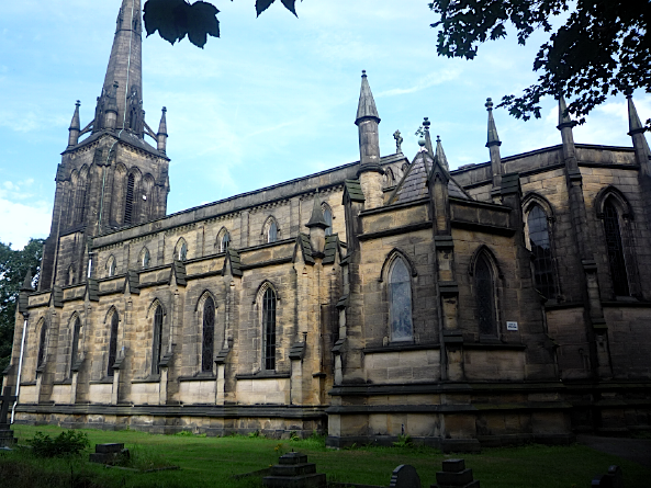 St John the Evangelist's church, Oulton, West Yorkshire, August 2011